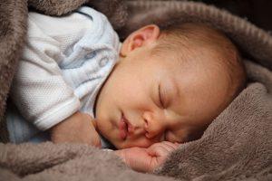Pernottamento con il figlio neonato - il padre separato